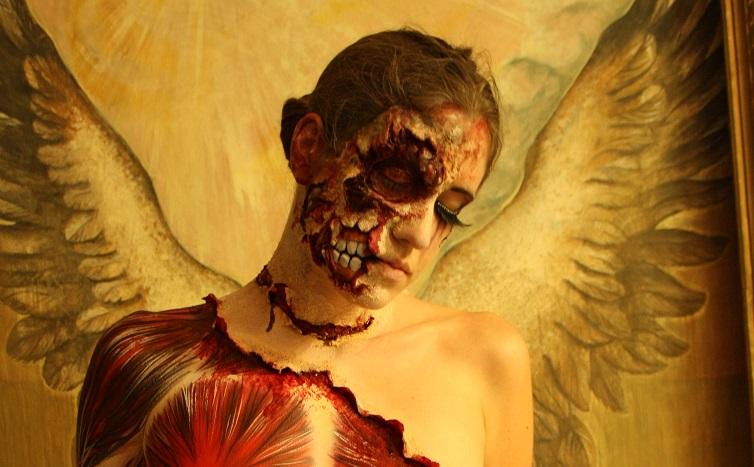 Halloween Bodypainting mit SFX MakeUp von Senjo Color